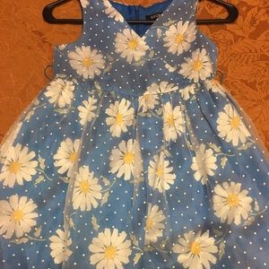 Little girls size 8 dress in very good condition.